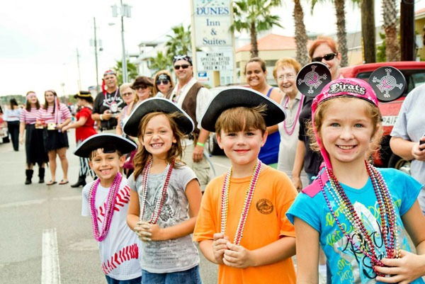 Pirate_Directory_Tybee_Island_Pirate_Fest_00274.jpg